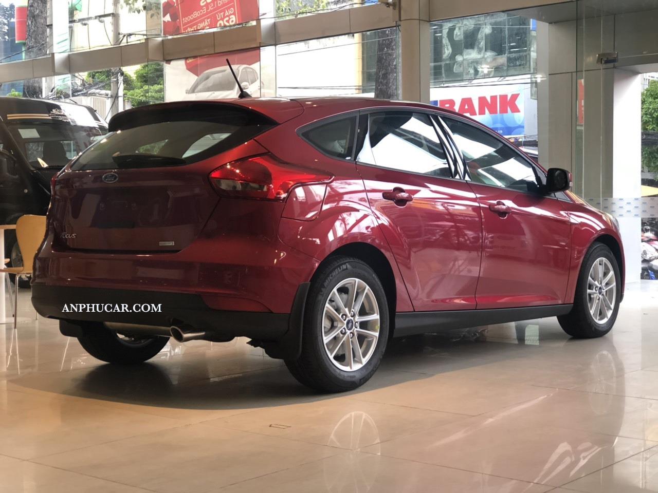 Xe Ford Focus 2019 5 cửa