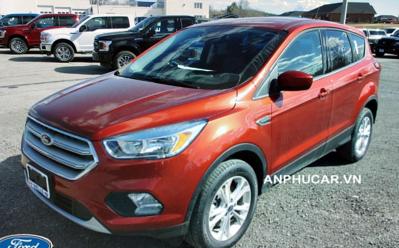 Đánh giá xe Ford Escape 2020