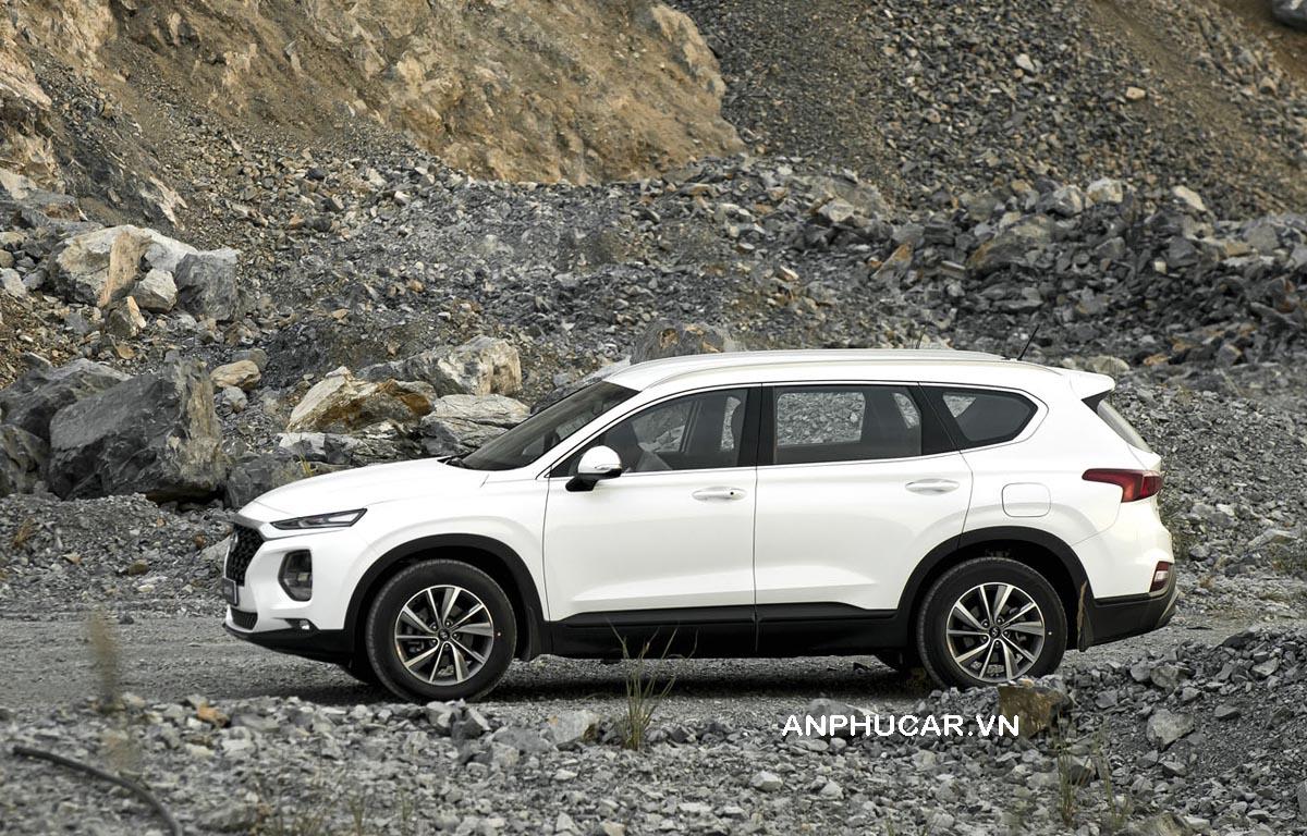 Thân xe Hyundai SantanFe 2020