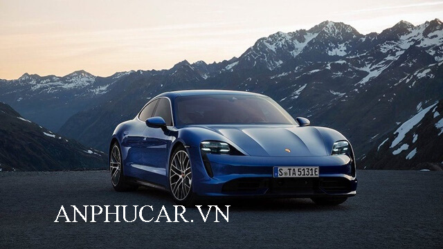 Khuyến mãi mua xe Porsche Taycan 2020