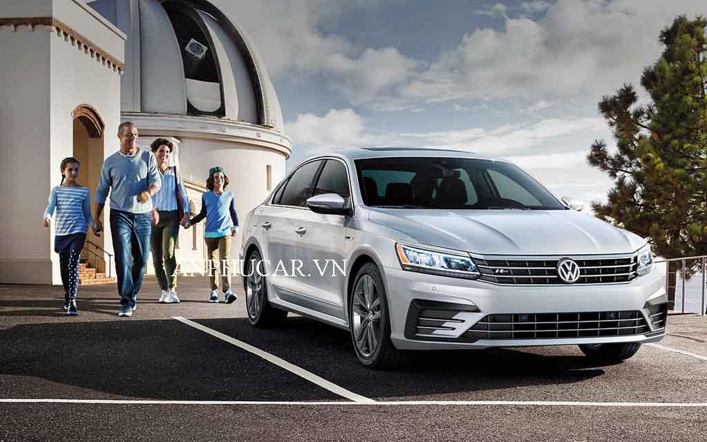 Giá lăn bánh Volkswagen Passat thế hệ 2020