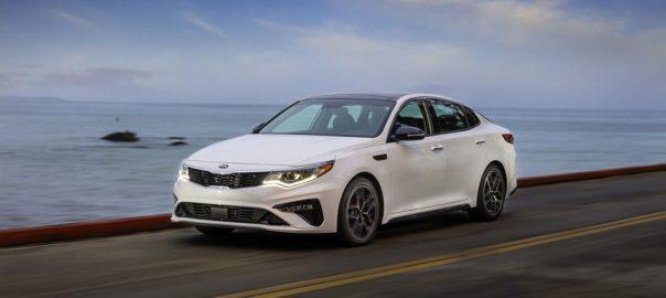 Những đánh giá chi tiết về dòng xe Sedan hạng D KIA Optima 2020