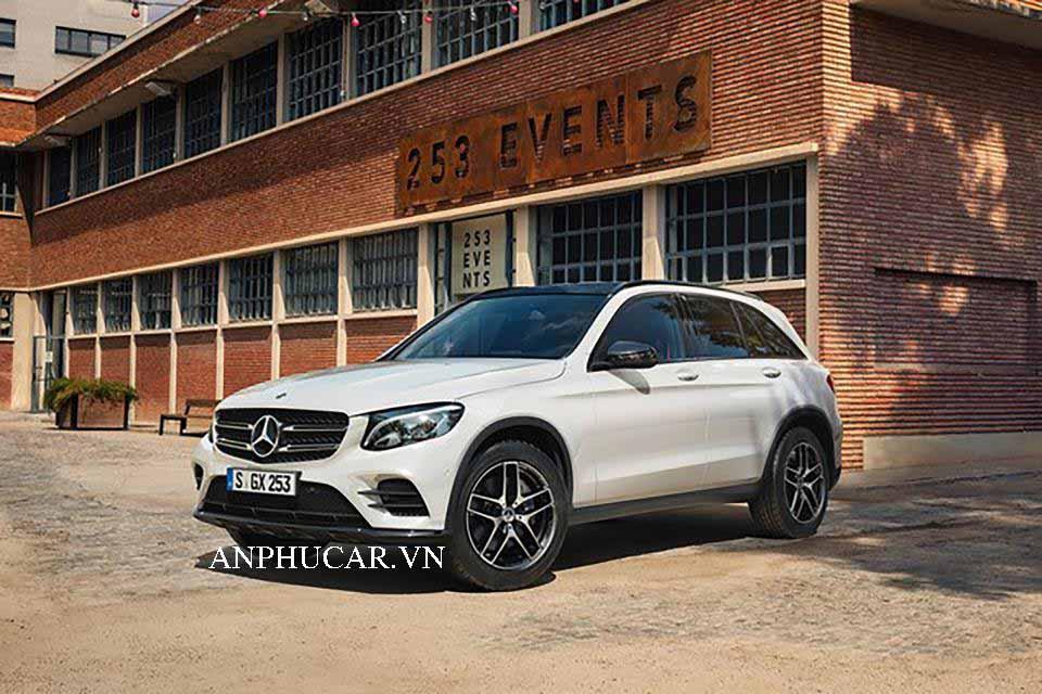 Khuyến mãi mua xe Mercedes GLC 250 2020