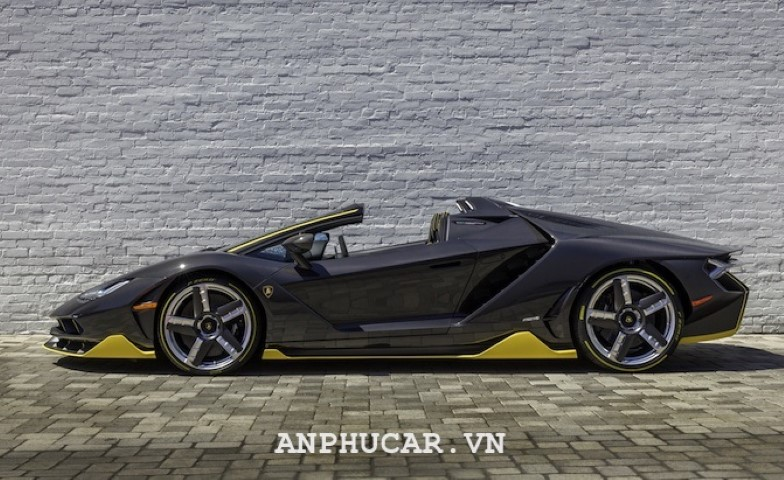 Lamborghini Centenario Roadster 2020 mua xe