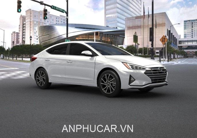 Một số những đánh giá chi tiết về dòng xe Hyundai Elantra năm 2020