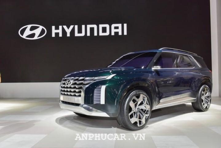 Hyundai Grandmaster 2020 gia lan banh