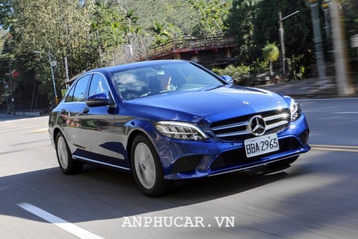 Mercedes Benz C180 2020 danh gia chi tiet