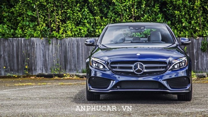 Mercedes Benz C180 2020 uu nhuoc diem