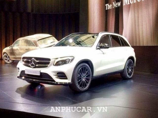 Mercedes GLC 300 Couple 2020 gia lan banh