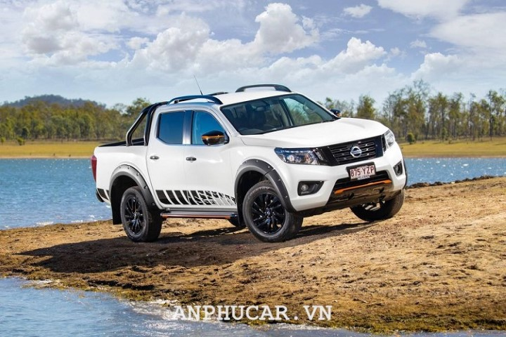 Nissan Navara 2020 thong so